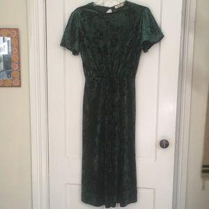 Green crushed velvet dress